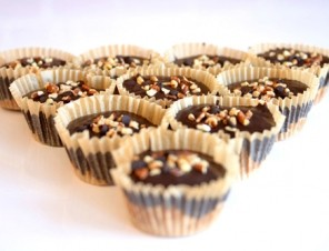 Vegan-Chocolate-Peanut-Buttter-Cups