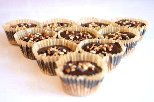 Vegan-Chocolate-Peanut-Buttter-Cups