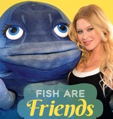 Renee Olstead Sticks Up for Fish!